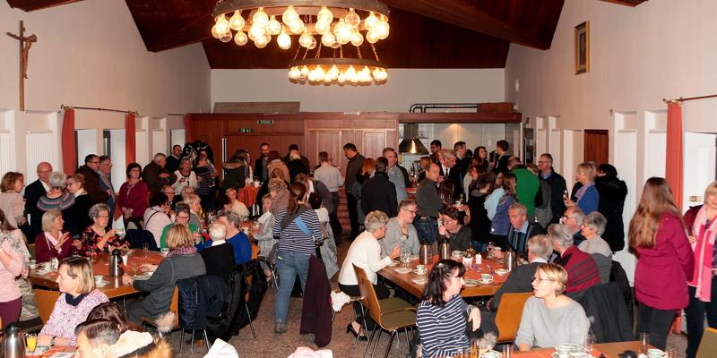 Viele Gäste kamen zum Neujahrsempfang ins Niederkasseler Roncallihaus