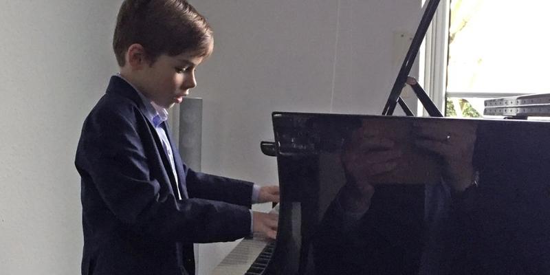 Sehr erfolgreich war Colin Alexander Pütz beim Westfälischen van Bremen Klavierwettbewerb
