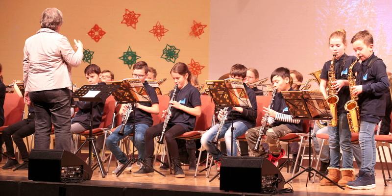 """Die jungen Musiker der BläserKlasse! 5 spielten eine """"Melodie von Mozart"""""""