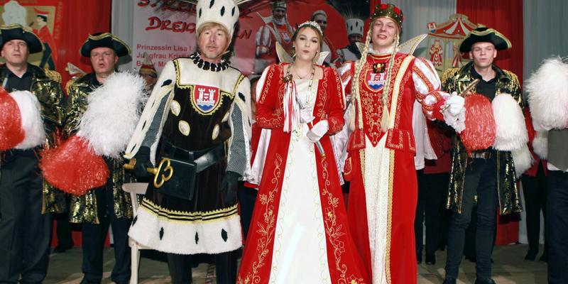 Ranzels strahlendes Dreigestirn mit Bauer Manny, Prinzessin Lisa I. und Jungfrau Kristiane