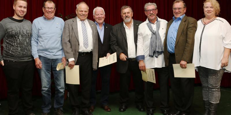 D. Eich, W. Meier, D. Grützenbach, K.-H. Mundorf, W. Kramer, H.-Th. Pax, G. Bahn und C. Ringsleben (von links nach rechts)