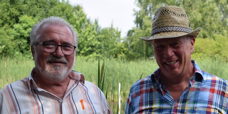 Zwei Teichgrafen: Klaus Steinbüchel (li.) gibt sein Amt weiter an Josef Piel